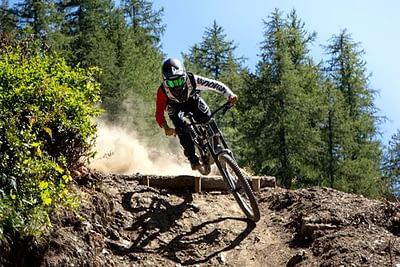 bardour-downhill-2